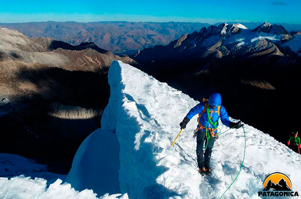 Advanced winter mountaineering